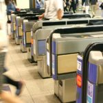 往復2時間の通勤は首都圏の常識?長すぎる通勤時間がもたらす健康への影響とは